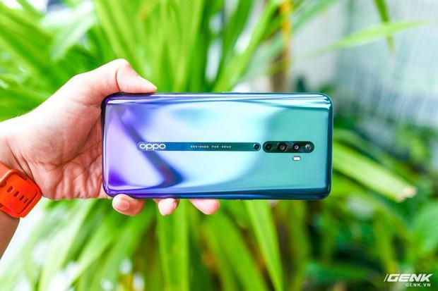 Ngắm nhìn Oppo Reno2 F màu Xanh Tinh Vân: Từ xanh hóa tím ảo diệu không rời mắt, giá không đổi - Ảnh 4.