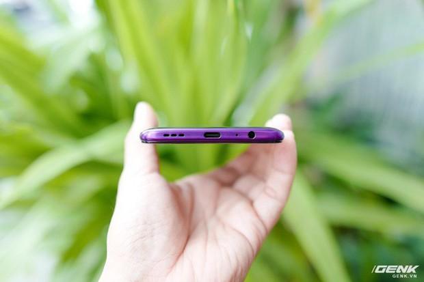 Ngắm nhìn Oppo Reno2 F màu Xanh Tinh Vân: Từ xanh hóa tím ảo diệu không rời mắt, giá không đổi - Ảnh 7.