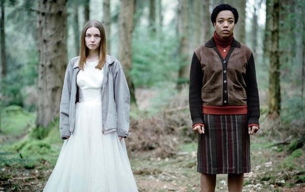 The End of the F***ing World: Thấm thía nỗi cô đơn tuổi dậy thì trong phim teen kì dị nhất trên Netflix - Ảnh 6.
