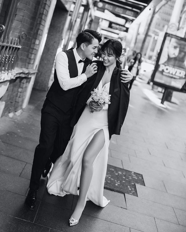Nhìn Đông Nhi diện váy cưới, để tóc đơn giản mà vẫn xinh ngất, hẳn nàng nào cũng muốn làm bộ ảnh cưới xịn y chang - Ảnh 1.