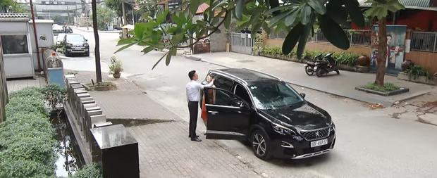 Lộ clip ghen lồng lộn của Khang phi công (Hoa Hồng Trên Ngực Trái): Ơ kìa San đi với tuần lộc mà cũng không yên? - Ảnh 2.