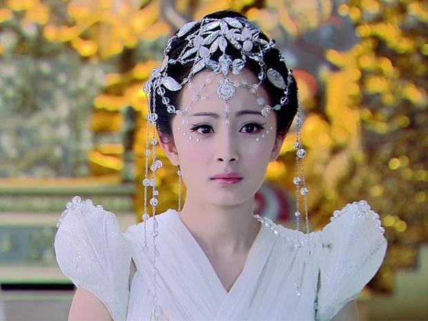 Rụng rời nhan sắc Dương Mịch trong phim 14 năm trước: Đôi mắt gây thương nhớ, góc nghiêng ăn đứt nhiều đàn em - Ảnh 13.