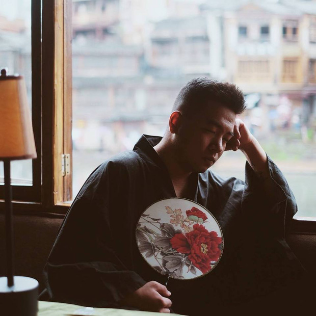 Đến lượt nhà văn Nguyễn Ngọc Thạch chia sẻ về biến mới của Khoa Pug: Cuối video không ai phục vụ Khoa, chỉ khi bạn thật sự tệ thì người Nhật mới làm vậy! - Ảnh 1.