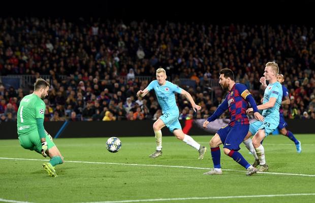Messi phung phí cơ hội, Barcelona bị đội bóng nhược tiểu cầm hòa ngay trên sân nhà - Ảnh 5.