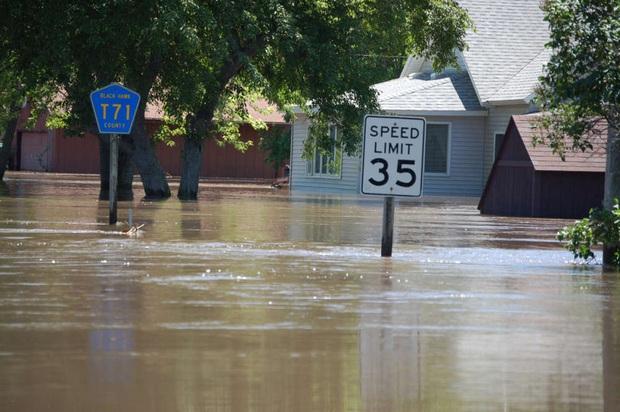 11.000 nhà khoa học cùng nhau báo động về tình trạng khí hậu Trái đất: Khẩn cấp, nếu không sớm thay đổi thì cả nhân loại sẽ gặp những thảm họa không thể dự đoán - Ảnh 3.