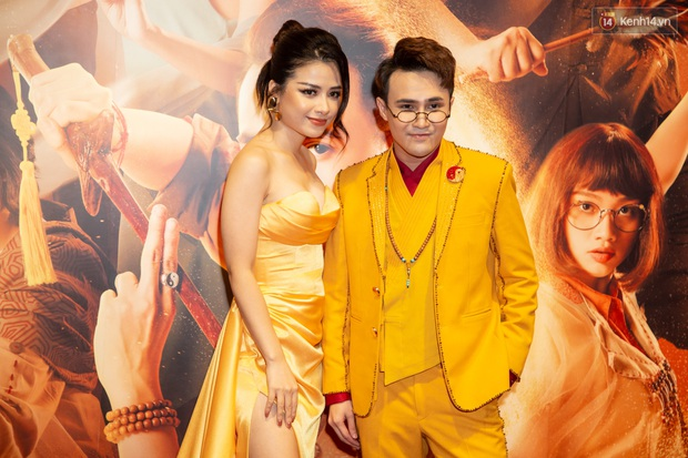 Pháp Sư Mù Huỳnh Lập thật là vàng tươi khi ra mắt phim nhưng spotlight thuộc về yêu nhền nhện Hoàng Yến Chibi? - Ảnh 16.