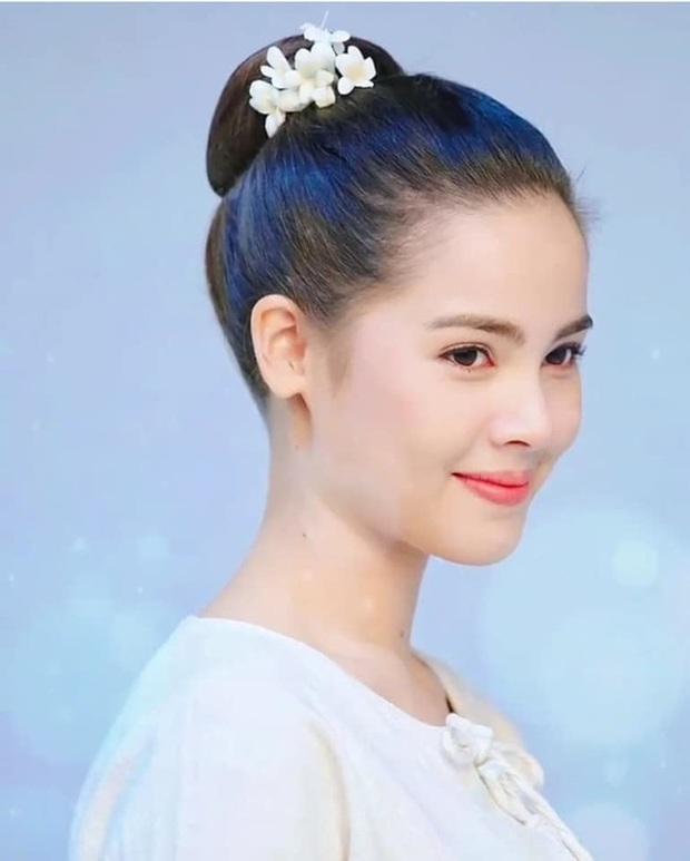 5 mĩ nhân cổ trang đẹp nhất xứ Thái: Bạn gái Sơn Tùng xinh đấy nhưng chưa thần thái bằng nàng thơ Yaya - Ảnh 13.
