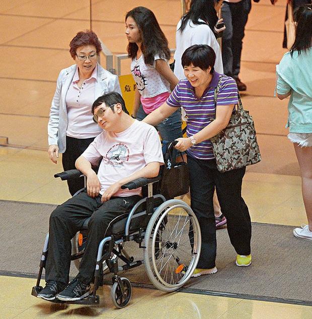 Triệu Mẫn Lê Tư sau 10 năm giải nghệ lấy đại gia tàn tật: Sống viên mãn, giàu có ở tuổi U50 - Ảnh 3.