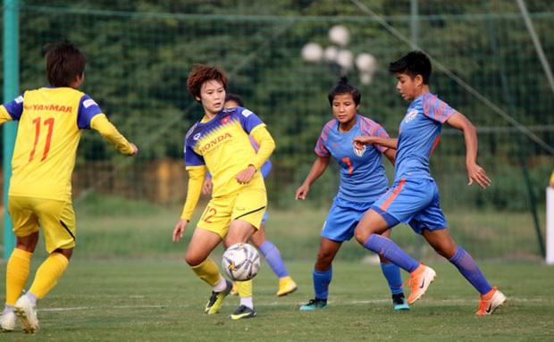 Đội tuyển nữ Việt Nam hòa đáng tiếc Ấn Độ trong màn chạy đà cho SEA Games 2019 - Ảnh 1.