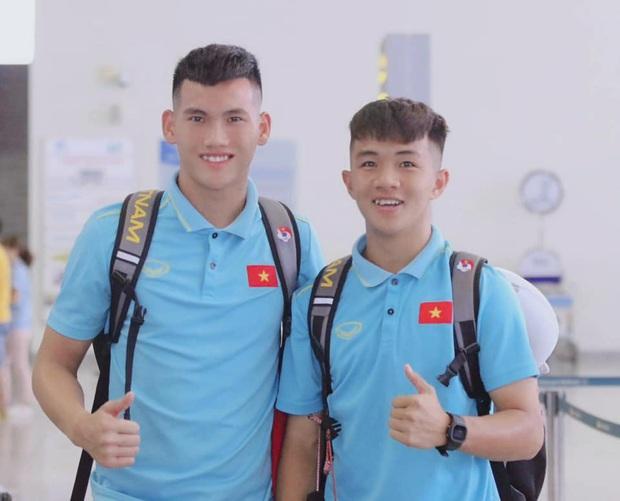 Info cầu thủ sinh năm 2001 của U19 Việt Nam, vừa nhìn đã thấy ngời ngời tố chất visual - Ảnh 5.