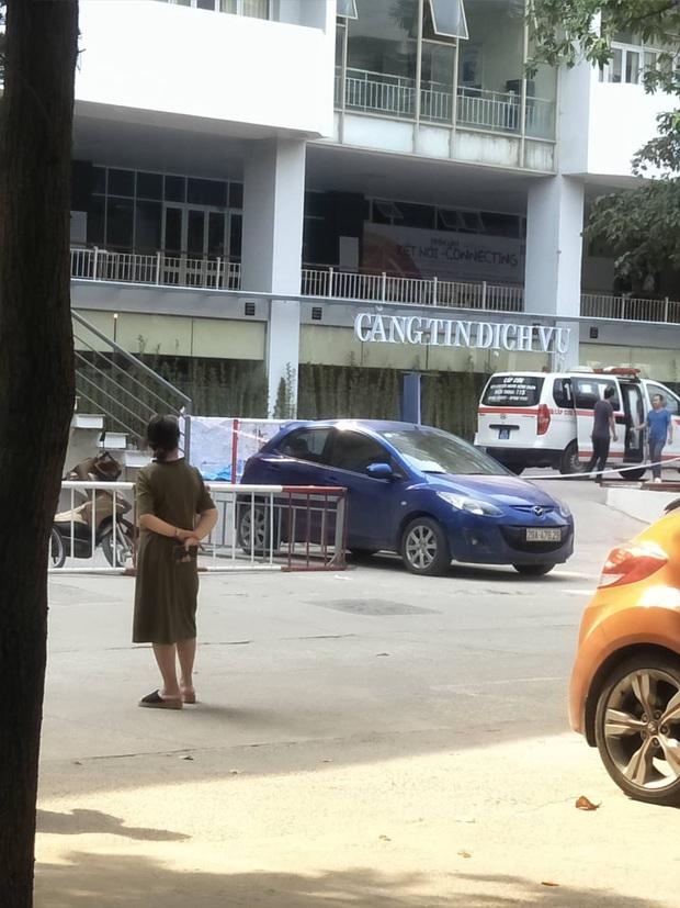 Sinh viên bị nam sinh ĐH Kiến trúc rơi trúng khi nhảy lầu từ tầng 13 đã qua cơn nguy kịch - Ảnh 1.
