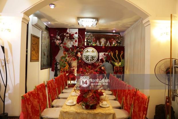 Độc quyền: Đông Nhi xuất hiện tại nhà Ông Cao Thắng trước giờ rước dâu, biệt thự của chú rể đã ngập tràn sắc đỏ! - Ảnh 9.
