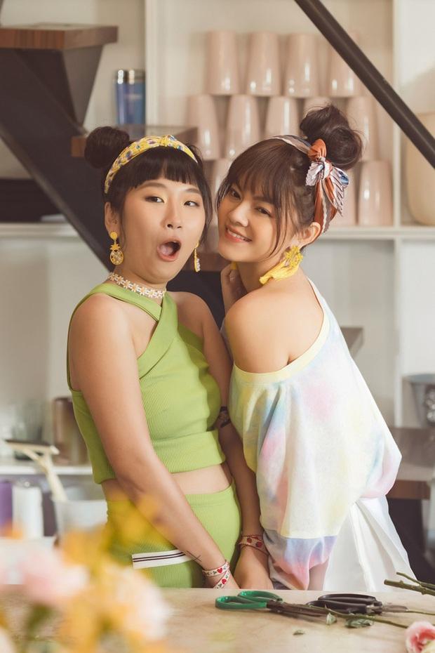 Cả thanh xuân Trang Hý dùng sự hề hước để đóng cameo dạo, giờ đã có tuyển tập MV siêu khủng VPOP tại VPOP! - Ảnh 4.