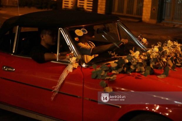 Cập nhật trước giờ rước dâu: Biệt thự của Đông Nhi trang hoàng lộng lẫy, Ông Cao Thắng đích thân lái thử xe hoa - Ảnh 9.