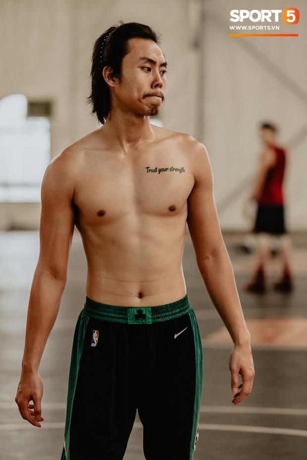 Bỏng mắt trước loạt ảnh body 6 múi của tuyển thủ bóng rổ Việt Nam tham dự SEA Games 2019 - Ảnh 4.