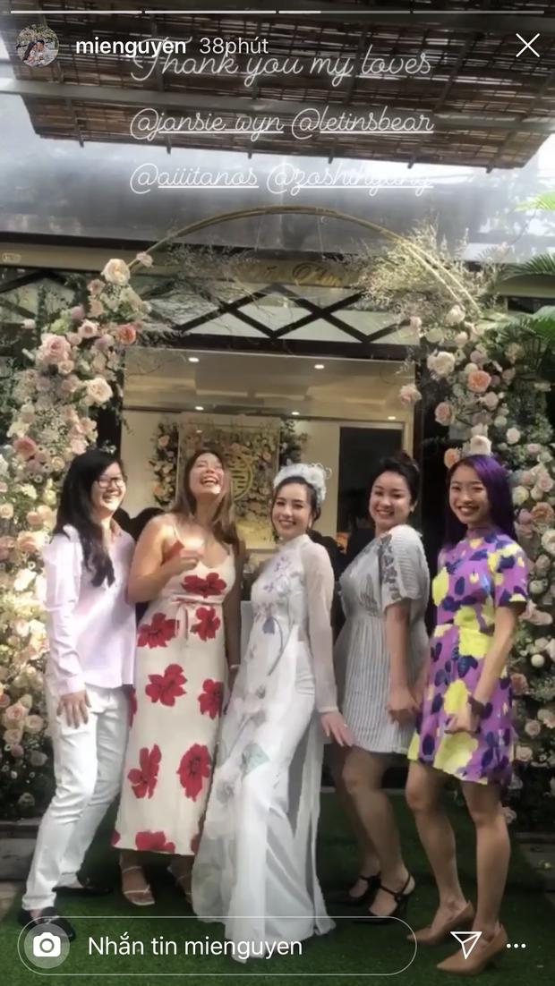 Mie Nguyễn làm đám hỏi với bạn trai, diện áo dài xinh đẹp xuất sắc - Ảnh 2.