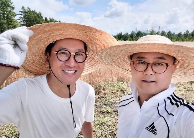 Bị chê bai hết thời, Nhĩ Khang Châu Kiệt gây choáng khi trở thành nông dân với gia sản hàng ngàn tỷ đồng  - Ảnh 2.