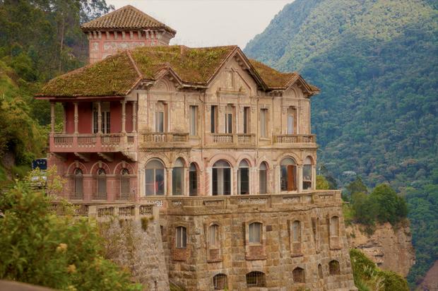 Hotel del Salto: Từ khách sạn sang dành cho giới quý tộc đến địa điểm tự tử nổi tiếng, gắn liền với những lời đồn chết chóc kì lạ - Ảnh 2.