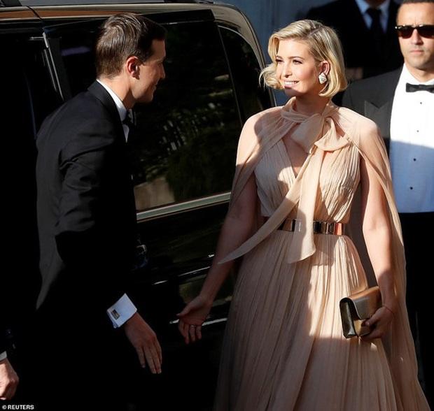 Sửa váy cho kín đáo chứ không lồ lộ như Ivanka Trump, Suzy khẳng định: Vòng 1 khủng hơn chưa chắc đã mặc đẹp hơn! - Ảnh 5.