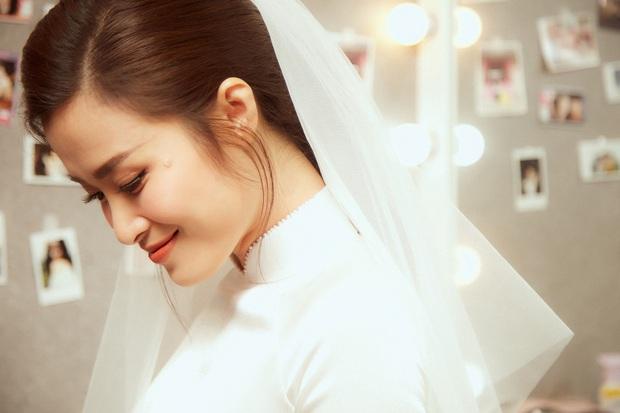 Ảnh nét căng bên trong lễ rước dâu của Đông Nhi: Nữ chính đẹp xuất thần, không ngừng chăm sóc hôn phu như ngày mới yêu! - Ảnh 3.