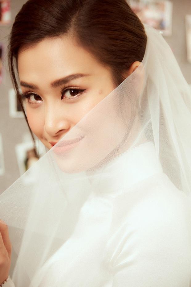 Ảnh nét căng bên trong lễ rước dâu của Đông Nhi: Nữ chính đẹp xuất thần, không ngừng chăm sóc hôn phu như ngày mới yêu! - Ảnh 5.