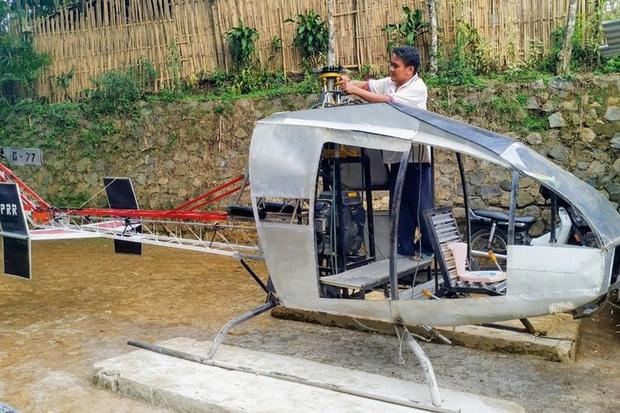 Chán ngấy cảnh xe cộ tắc đường, người đàn ông quyết định chế tạo hẳn trực thăng để đi lại mỗi ngày - Ảnh 1.