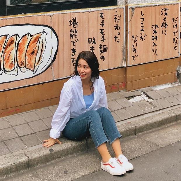 Soi Instagram của Mẫn Tiên, thấy ngay những tips chụp ảnh cực xịn cho những cô nàng nấm lùn khi đi du lịch - Ảnh 11.