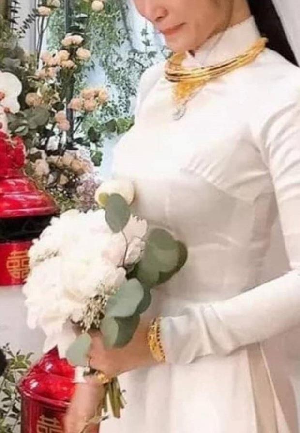 Cười ngất với những màn chế ảnh cực lầy sau lễ rước dâu: Khi Đông Nhi sợ Mai Hồng Ngọc đến cướp Ông Cao Thắng - Ảnh 6.