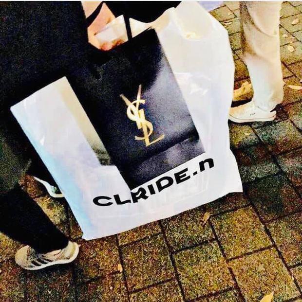 Chiều fan hết cỡ như HyunA: Hết tặng set mỹ phẩm đắt tiền giờ còn lén trộm CD giới hạn từ công ty để phát cho người hâm mộ - Ảnh 5.