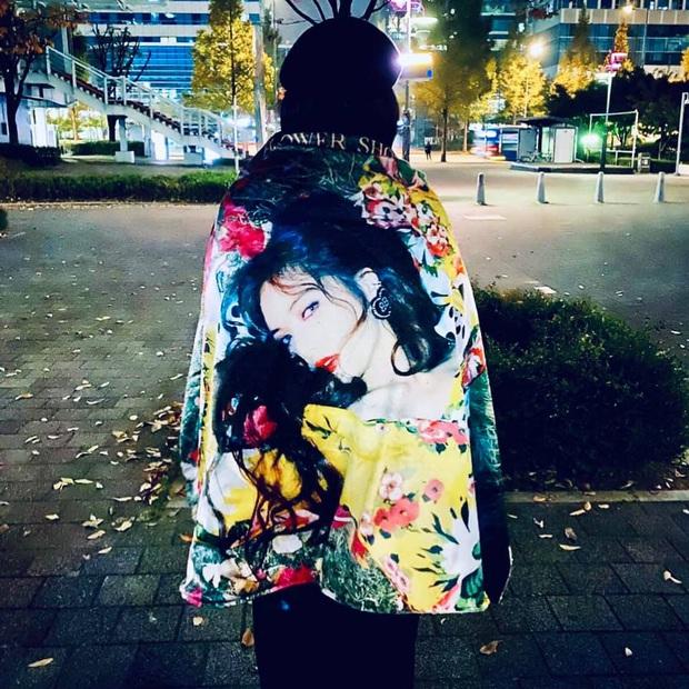 Chiều fan hết cỡ như HyunA: Hết tặng set mỹ phẩm đắt tiền giờ còn lén trộm CD giới hạn từ công ty để phát cho người hâm mộ - Ảnh 4.