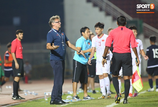 U19 Việt Nam thắng dễ U19 Guam 4-1, phù thủy trắng vẫn nổi điên trong ca-bin đội nhà - Ảnh 20.