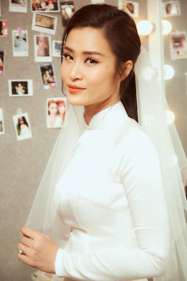 Nhìn hình Đông Nhi rút ra chân lý: Cô dâu cứ trang điểm nhẹ nhàng, tóc tai đơn giản là đã đẹp lụi tim - Ảnh 2.