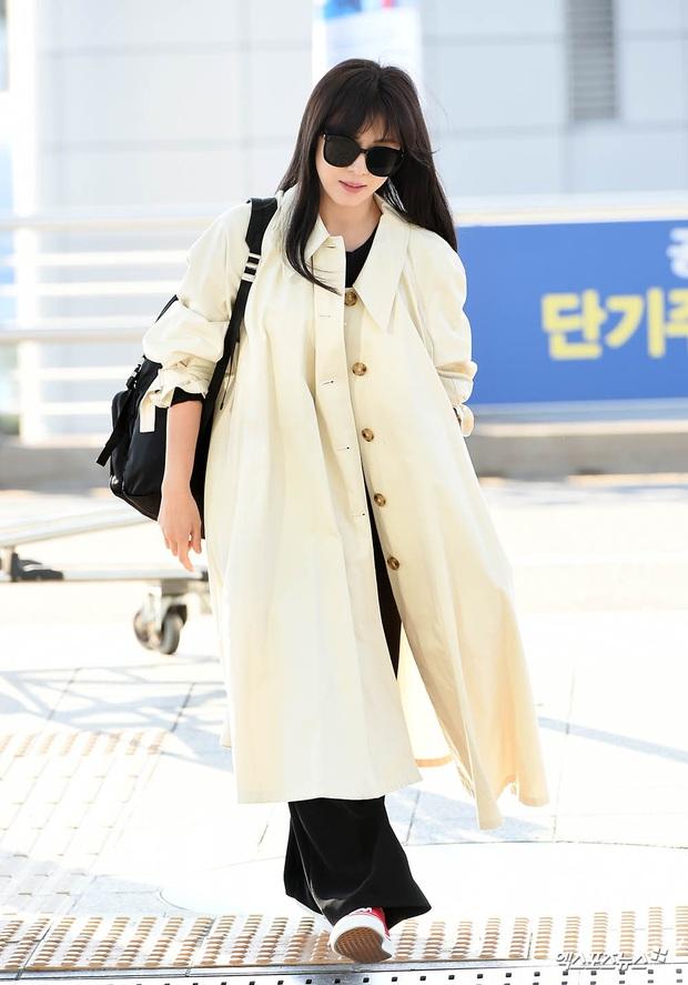 Sân bay Hàn náo loạn vì quân đoàn sao: Hoàng hậu Ki Ha Ji Won sang chảnh sang Việt Nam, NCT và ITZY visual không vừa - Ảnh 1.