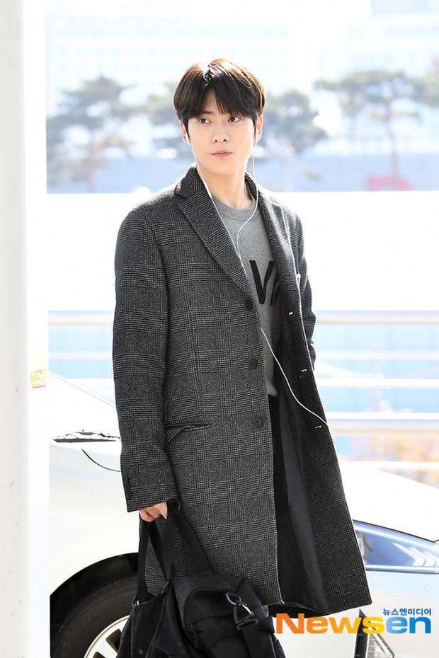 Sân bay Hàn náo loạn vì quân đoàn sao: Hoàng hậu Ki Ha Ji Won sang chảnh sang Việt Nam, NCT và ITZY visual không vừa - Ảnh 8.
