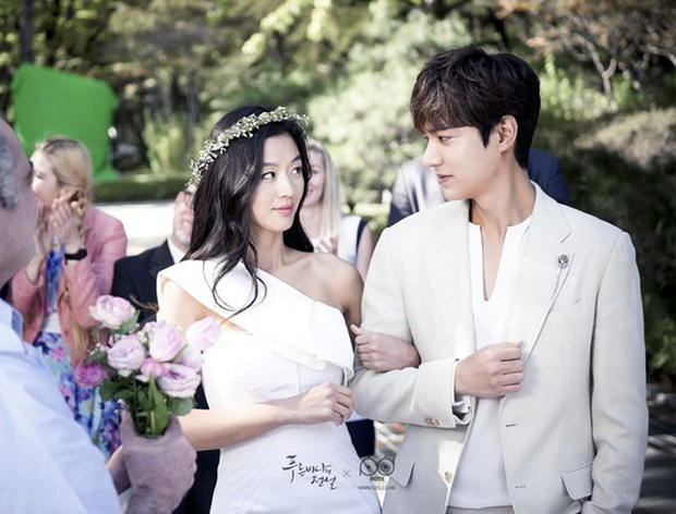 Cười rụng nụ với những đám cưới có 1-0-2 trên phim Hàn: Chị dâu xấu tính bị hội em chồng dằn mặt cướp sạch spotlight! - Ảnh 11.