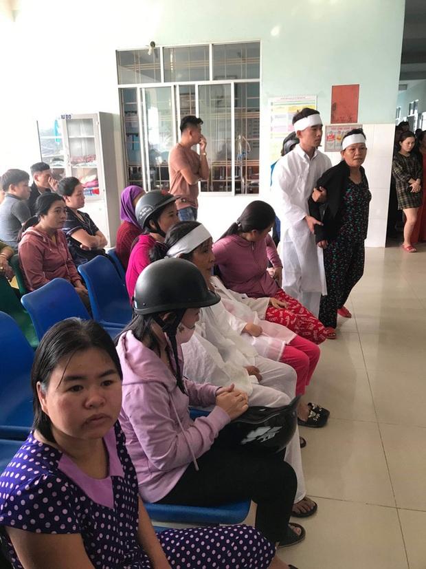 Vụ thanh niên đột ngột tử vong khi nhập viện: Bệnh viện xin lo mọi chi phí - Ảnh 3.