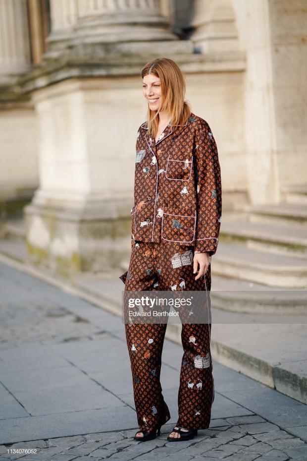 Trước ngày làm cô dâu đại gia, Bảo Thy nhử fan bằng bộ pijama 130 triệu và đụng hàng cả loạt người đẹp - Ảnh 11.