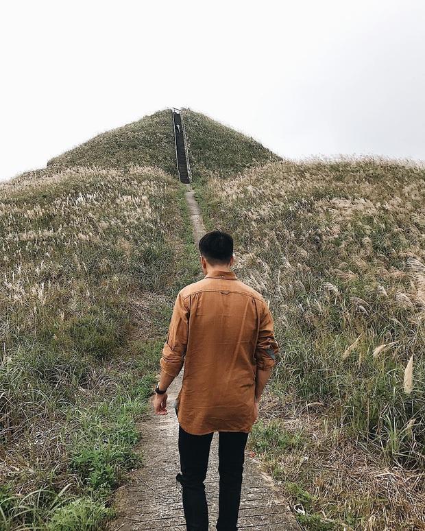 """""""Sống lưng khủng long"""" Bình Liêu đang vào mùa cỏ lau đẹp như một giấc mơ, xem ảnh chỉ biết ôm mộng được đến 1 lần! - Ảnh 14."""