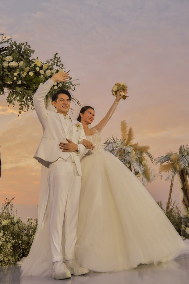 Đông Nhi ra mà xem trọn vẹn khoảnh khắc căng đét trong đám cưới của Mai Hồng Ngọc và Ông Cao Thắng này! - Ảnh 8.