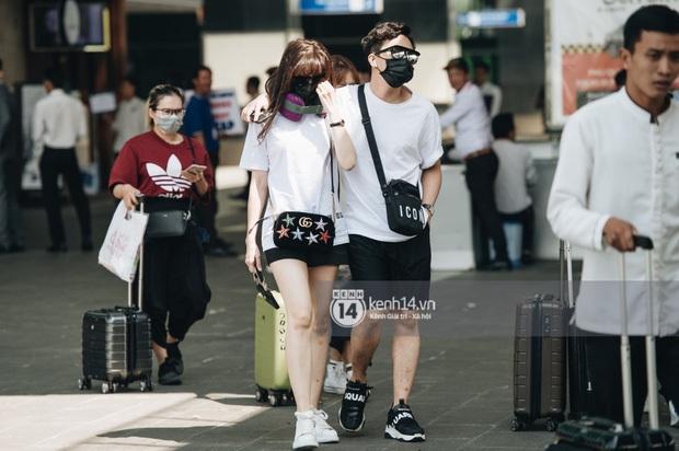 """Style sân bay là phải chuẩn chỉnh như của dàn sao Việt dự đám cưới Đông Nhi: Đơn giản nhưng """"xịn sò"""", thoải mái mà chất - Ảnh 5."""