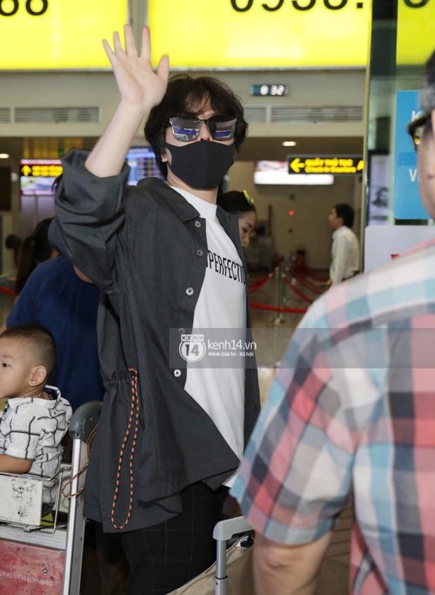 """Livestream: """"Rợp trời"""" sao Việt gây náo loạn sân bay tới Phú Quốc dự đám cưới Đông Nhi - Ông Cao Thắng - Ảnh 2."""