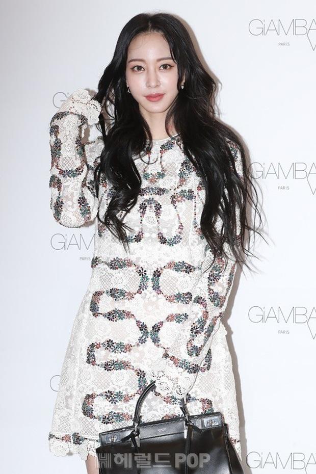 Han Ye Seul gây choáng với vóc dáng nuột nà khó tin ở tuổi U40 nhưng khuôn mặt lại lộ dấu hiệu thẩm mỹ quá đà - Ảnh 4.