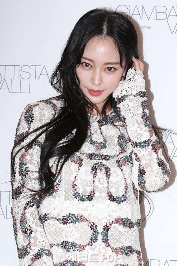 Han Ye Seul gây choáng với vóc dáng nuột nà khó tin ở tuổi U40 nhưng khuôn mặt lại lộ dấu hiệu thẩm mỹ quá đà - Ảnh 6.