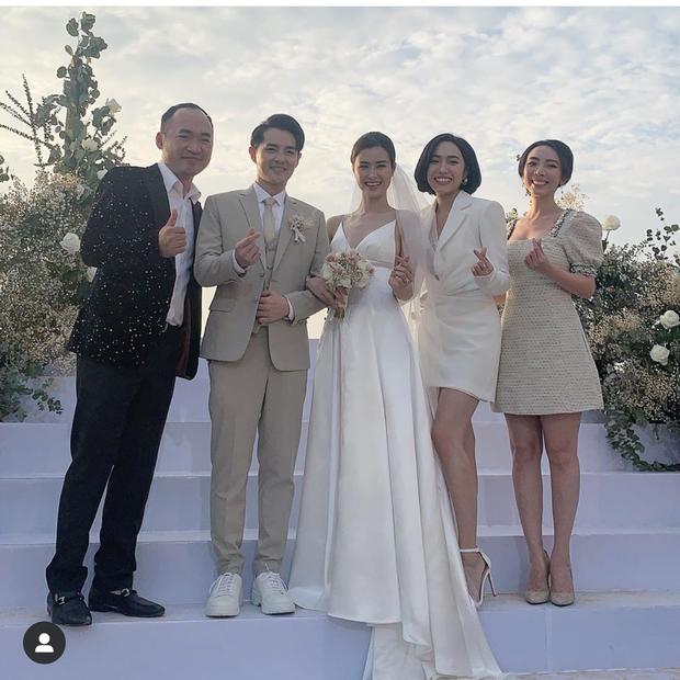 Cập nhật: 200 sao Việt xúng xính váy áo dự đám cưới đẹp như mơ của Đông Nhi - Ông Cao Thắng - Ảnh 3.