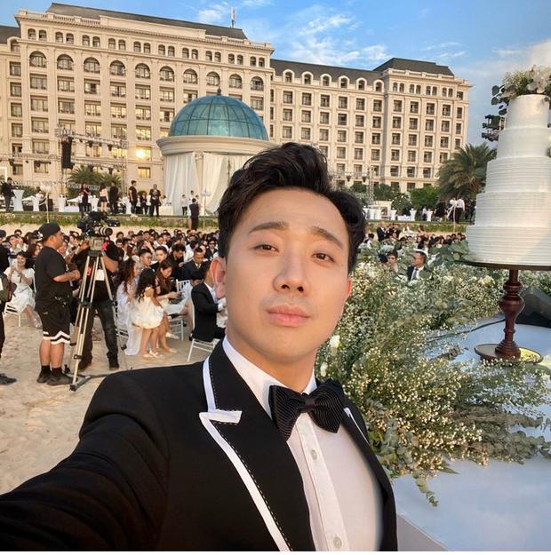 Cập nhật: 200 sao Việt xúng xính váy áo dự đám cưới đẹp như mơ của Đông Nhi - Ông Cao Thắng - Ảnh 5.
