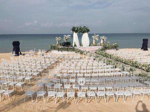 Độc quyền: Không gian lễ cưới Đông Nhi - Ông Cao Thắng đã hoàn thiện, đẹp lung linh như cổ tích giữa biển đảo Phú Quốc - Ảnh 1.
