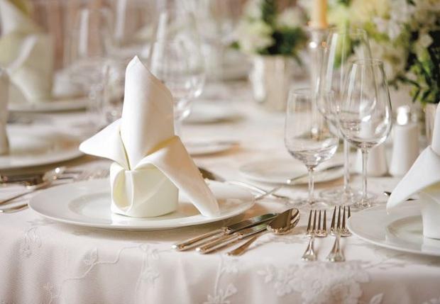 """Đi ăn cưới hay dùng tiệc nhà hàng chắc ai cũng từng mắc những sai lầm này, lưu ý ngay để bớt """"kém sang"""" trong mắt người khác nhé! - Ảnh 4."""