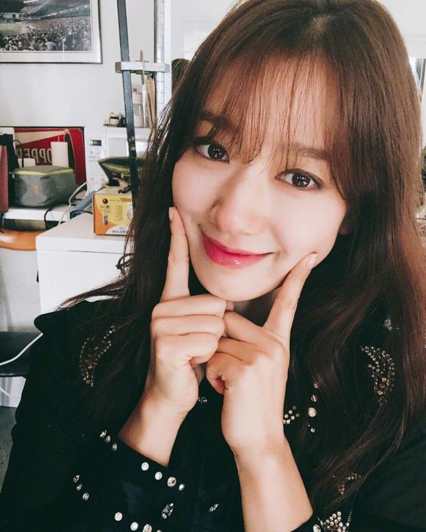 Nghía qua những tips dưỡng tóc của sao Hàn, bạn sẽ biết vì sao tóc mình mãi cũng chưa đẹp nổi - Ảnh 8.