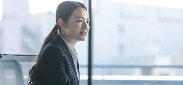 Nhật ký phỏng vấn gặp nhà tuyển dụng vô duyên: Chỉ thích chê bai và độc thoại khiến ứng viên ngán ngẩm - Ảnh 1.