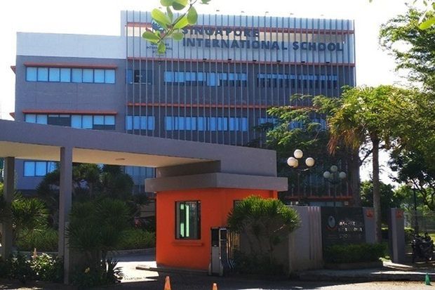 Trường quốc tế bị phụ huynh khởi kiện nhận học sinh vượt quy định - Ảnh 1.